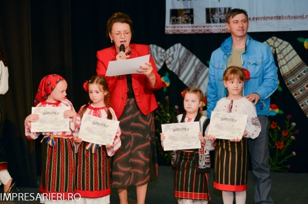 Cant si joc Moldovenesc 2015- Clubul ARLECHIN Botosani (297 of 384)
